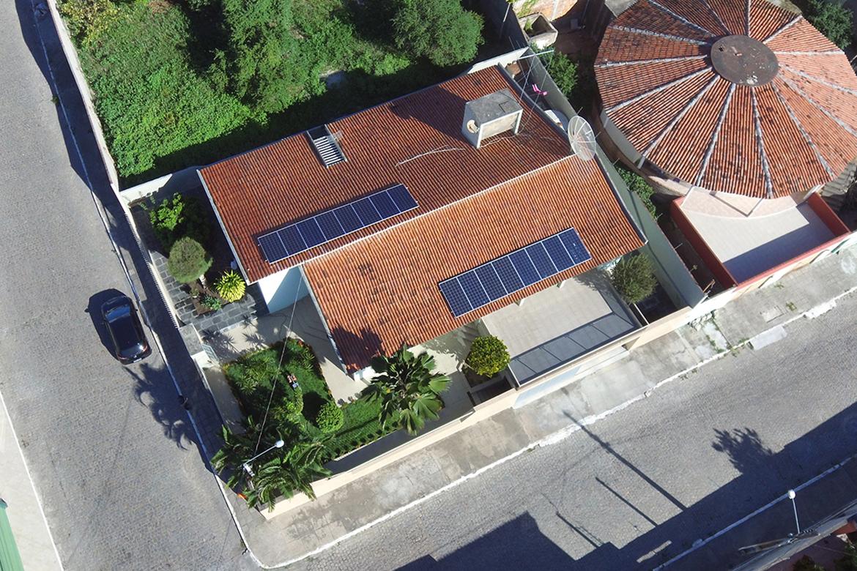 USINA RESIDENCIAL – BEZERROS (PE) – 6 kWp